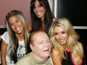 Larry Flynt has the experience to make a great porn czar